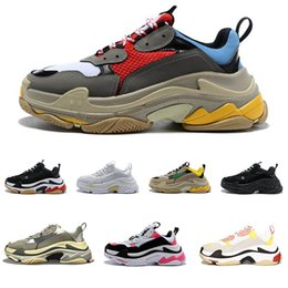 Wholesale 2019 Triple S Running Shoes Men Women Sneaker High Quality Luxury Designer Thick Heel Grandpa Dad Trainer Triple S Casual Shoes With Elevato
