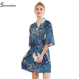 Wholesale satin bathrobes women for sale – plus size Smmoloa Bridesmaid Robe Sexy Women Short Satin Wedding Kimono Robers Woman Bathrobe Floral Robe New