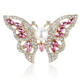 $enCountryForm.capitalKeyWord Australia - Luxury High Quality Crystal Rhinestone Lovely Butterfly Brooch Women Wedding Jewelry Accessories Pin Fancy Gold Color Insect Broach For Lady