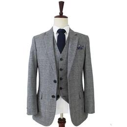 $enCountryForm.capitalKeyWord Australia - Grey Classic Plaid Men Suit Slim Fit 3 Pieces Groom Wear For Wedding Handsome Best Man Blazer Suits(Jacket+Vest+Pants)