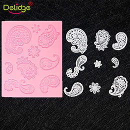 silicon laces Australia - Fondant Lace Mold Feather Shape Silicone Decorating Baking Accessory DIY Sugar Biscuit Cake Form Silicon Mat Gift Soap Lace
