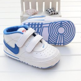 18 Month Baby Girl Sneakers NZ - Infant toddler shoes Baby Shoes Newborn Boys Girls Heart Star Pattern First Walkers Kids Toddlers Lace Up PU Sneakers 0-18 Months