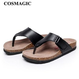 $enCountryForm.capitalKeyWord NZ - COSMAGIC 2019 Fashion Men Beach Flip Flops Cork Slippers Summer Solid Color Non-slip Outside Leather Slide Shoe High Quality