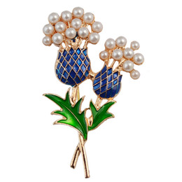 Crystal Flowers Clothes Australia - Fashion Imitation Pearl crystal vintage Bridal Flower rose brooches pin For scarf buckle clothes Accessories