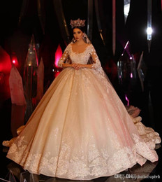 ball gown wedding dresses veils Australia - Luxury Crystal Princess Long Sleeve Ball gown Wedding Dresses Lace Applique 2019 New Cheap Wedding Gowns With Long Veil Vintage Gothic Dress