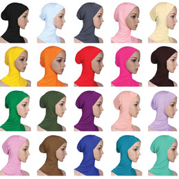 Designer muslimische Frauen decken innere Hijab Schals Frau einfarbig schlichtes Underscarf Cap Schal 20 gemischte Farben mercerisierter Baumwolle Damen Hut