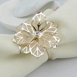 Anelli di tovagliolo di moda di lusso cristallo fiore d'oro strass festa di nozze anello portatovaglietta casa albergo bella decorazione di tabella HH7-1961 in Offerta