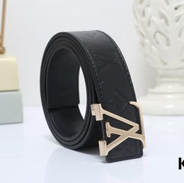 $enCountryForm.capitalKeyWord Australia - 2019 Design Belts black letters logo Men and Women Fashion Belt Women Leather Belt Gold Silver and Black Buckle q2