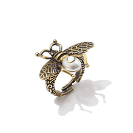 love rings male 2019 - New brand name hot fashion accessories love ring male gold-plated vintage insect bee pearl ring for women