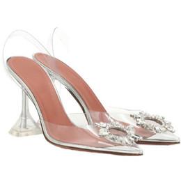 Vente en gros Sandales femme été 2019 nouveau cristal strass transparent talons hauts talon aiguille bout pointu dos vide tous les allumettes fée sandales femmes
