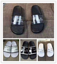 designer beach shoes NZ - OFF Brand Designer slippers mens striped sandals beach scuffs causal Non-slip summer black huaraches slipper flip flops TOP QUALITY shoes