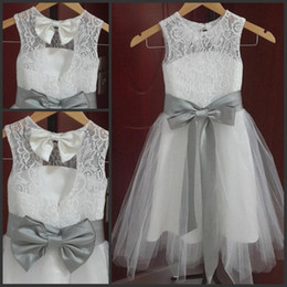 $enCountryForm.capitalKeyWord Australia - 2019 new cheap Vintage Long Lace Flower Girl Dresses A Line Tulle Little Girl Formal Wedding Party Gowns Silver Grey Sash and Bow