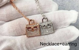 $enCountryForm.capitalKeyWord NZ - 2019 Luxury Top Quality H Necklace Bag Letter Necklaces For Men Women Silver Gold Necklace Best Gift Jewelry Brand Designer Couple Gift