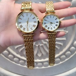 Wholesale nice tops for women for sale - Group buy TOP quality luxury nice Design Man Women Watches New golden Metal Ladies Watches Fashion Dress Wrist Watches for lovers