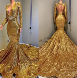 China Luxury gold sequined Mermaid Evening Dresses Wear yousef aljasmi Fashion Deep V Neck crystal backless arabic Prom Formal Gowns Beaded Stones cheap crystal stone dresses suppliers