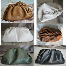 $enCountryForm.capitalKeyWord Australia - 2019 new best bv the pouch flaky cloud bag designer clutch bags dumplings package messenger bag women purse dumplings hobos handba1564033120