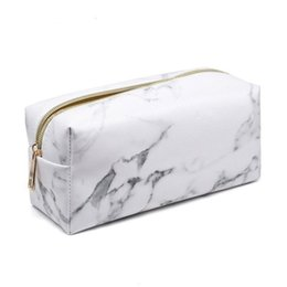 $enCountryForm.capitalKeyWord UK - Travel Toiletry Bag Travel Pouch PU Zipper Print Cosmetic Makeup Pouches For Women Maletin
