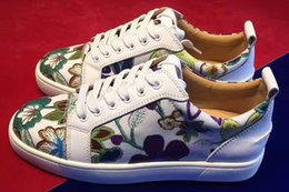 Flower Spring Top Australia - MFF996Zg Size 35-47 Men Women White Leather With Purple Flower Printed Low Top Lace Up New Fashion Rubber Sole Sneakers
