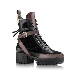 $enCountryForm.capitalKeyWord Australia - Latest Women designer boots Fashion leather star women shoes woman leather short autumn winter ankle designer fashion women shoes Size 35-42