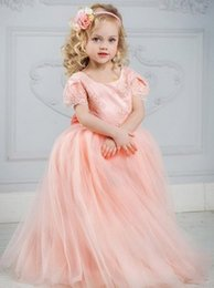 Wedding Dresses Christmas Australia - Coral Pink Girls Pageant Gowns Lace Appliques Flower Girl Dress Girls Christmas Ball Gown Girls Birthday Party Gowns for Wedding