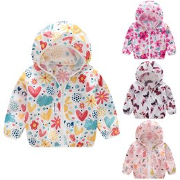 $enCountryForm.capitalKeyWord Australia - Toddler Kids Coat Summer Sunscreen Jackets Printing Hooded Outerwear With Zipper Casual Coats For Girls Casacos Infantil