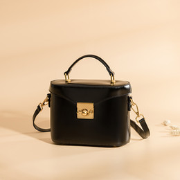 $enCountryForm.capitalKeyWord Australia - New Style Genuine Leather Bucket Luxury Shoulder Bag for Fashion Trend Women Girls Ladies Vogue Stylish Crossbody Handbags Clutch Bags