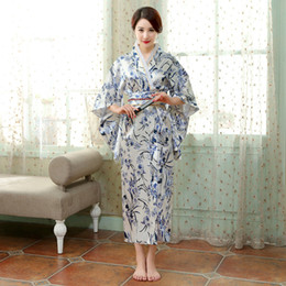 Anime Clothes Free NZ - Traditional Japanese Kimono Women Long elegant gown Japanese Ancient clothes Anime Party Cosplay Asia ethnic Clothing