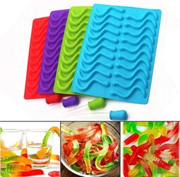 $enCountryForm.capitalKeyWord Australia - Home Creative Animal Silicone Mould Worm Strip Chocolates Candy Cartoon Mold Dining Kitchen Gadgets Accessories Supplies Molds SN2740