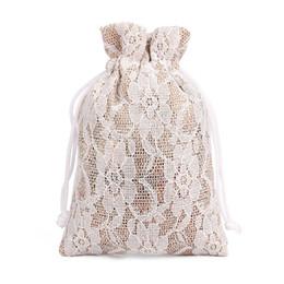 50 / Lot 8 * 10 cm Bolsa de regalo de lino de encaje A prueba de polvo Pequeña bolsa de yute Collar de joyas Collar Bolsa con cordón Bolsa de almacenamiento de carbón de leña de bambú