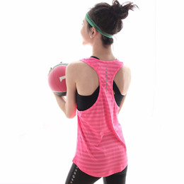 $enCountryForm.capitalKeyWord Australia - U16023 Top Women Yoga Shirt Fitness Loose Yoga Sports Vest Racer Back Quick-dry Reflective Design Running Shirt Sleeveless Gym