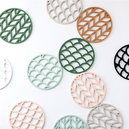 $enCountryForm.capitalKeyWord Australia - Round Silicone Coaster Coffee Cup Mat Chic Hollow Cloud Pad Heat Resistant Non Slip Coaster Hot Drink Holder Home Decoration 1pc