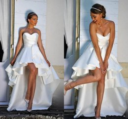 make pearl embroidery designs images NZ - 2020 High Low Short Wedding Dresses Strapless A-line Simple design Satin Beach Bridal Gowns Outdoor Wedding Dress