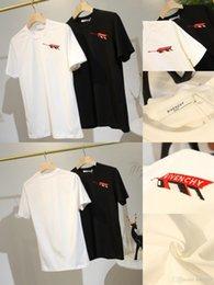 $enCountryForm.capitalKeyWord Australia - Luxurious Paris Brand Design Chest Logo Tshirt Short Sleeve Crewneck Tee Breathable Men Women Lovers Clothes Outdoor Streetwear T-shirts