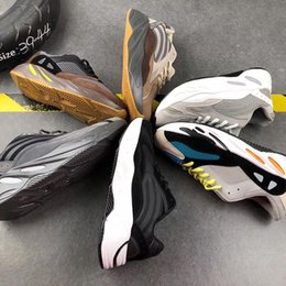 Venta al por mayor de 2019 700 corredor de la onda de malva EE9614 Ejecución de marcas famosas zapatos de los hombres de las mujeres B75571 costura en color de calidad superior zapatillas de atletismo de Estados Unidos 5-11,5 L42