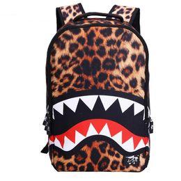 Herren- und Damenrucksäcke 19ss New Middle School Students Schultasche Cooler Shark Boy's and Girl's Backpack im Angebot