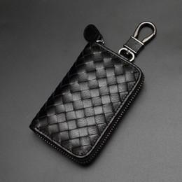 $enCountryForm.capitalKeyWord Australia - Luxury Alloy Keychains Fashion Design Unisex Weaving Leather Key Wallets Key Holder Men Women Black Leather Key Rings Lover Gift