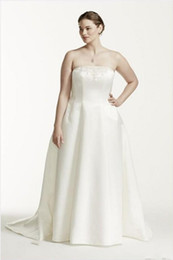 $enCountryForm.capitalKeyWord NZ - 2019 New Plus Size Two Pieces Wedding Dresses Strapless A Line Bridal Gowns With Sheer Long Sleeve Lace Jacket Custom Made Wedding Dresses