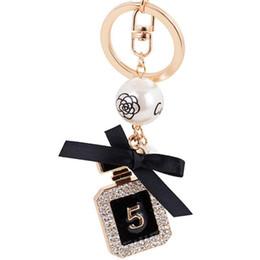 China New Perfume Bottle Luxury Keychain Key Chain Key Ring Holder Keyring Porte Clef Gift Men Women Souvenirs Car Bag Pendant Free DHL supplier charm bottles suppliers