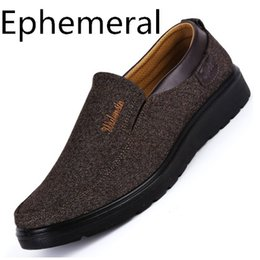 $enCountryForm.capitalKeyWord NZ - Chinese Old Beijing Cloth Shoes Round Toe Autumn Slip-on casual Man Loafers Warm Footwear For Wide Feet 38-48 Black Grey Brown