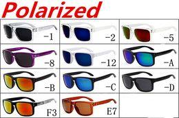 24312ea247 NUEVA MARCA Gafas de sol ORIGINAL Gafas de sol de calidad original MATE  BLACK / LENTE GRIS POLARIZADO PARA HOMBRES 12 opciones de COLOR