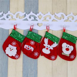 christmas tree bear 2019 - 1PCS Christmas gift bags stockings Christmas decorations for home Santa Bear Elk Snowman Socks Tree Hanging Ornament che