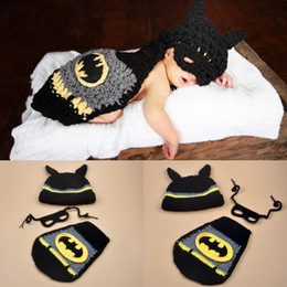 $enCountryForm.capitalKeyWord Australia - Bat Man Clothing Suit Newborn Baby Boy Knitting Woolen Cap Mask Cape Photo Crochet Photography Props Winter 12mq O1