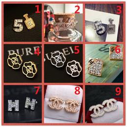 $enCountryForm.capitalKeyWord Australia - HOT!Classic 14K Brand Stud earring Gold Silver Letter Logo Pin Pearl Diamond Collar Pendant Ms Wedding Party Gift Box A8