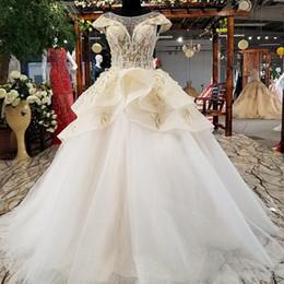 China 2019 Luxury 3D Applique Lebanon Wedding Dresses Illusion Neckline Short Sleeve Lace Up Back Overskirts Cascading Ruffles Garden Bridal Gowns cheap lebanon wedding dress suppliers
