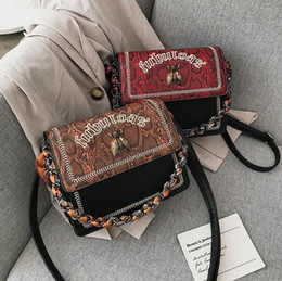 Discount scarf trends Factory wholesale women handbag trend Leopard print chain bag personalized contrast embroidered leather fashion bag silk