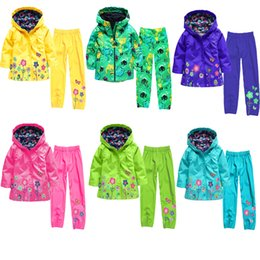 Wholesale Baby Girls Spring Windbreaker Set Hooded Zipper Raincoat Children Clothing Set Boy Jacket Outerwear Kids Suit Flower Clothes