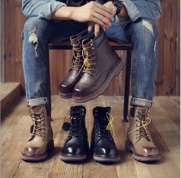 leather tooling boots Australia - 2019 autumn high to help leather Martin boots male Korean version of the leather men's middle help retro tooling boots
