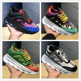Mens gold link flat chain online shopping - 2019 New Luxury Designer Sneakers Chain Reaction Casual Ladies Shoes Mens Womens Fashion District Medusa Link Embossed Sole Trainers Size