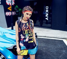 $enCountryForm.capitalKeyWord Australia - 2019 Fashion large size womans T-shirt set vest shorts designer street hip hop yund style personality woman tops Tees hot pants