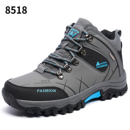 $enCountryForm.capitalKeyWord Canada - 2019 New Hiking Shoes for Men Wear-resistant Outdoor waterproof Climbing for Mountain Tourism Camping High quality Winter Boots